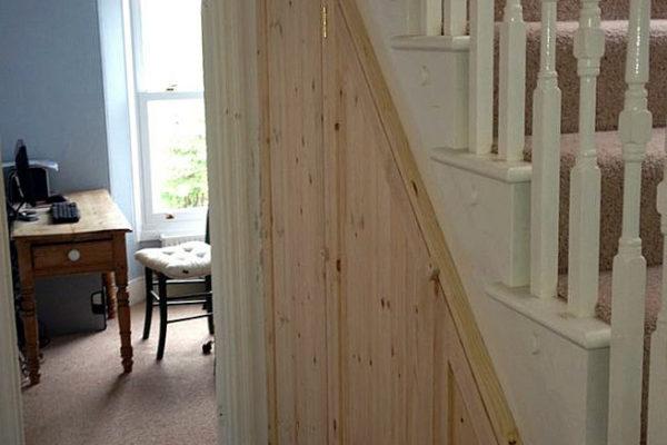 understairs-cupboard-IMG_1246
